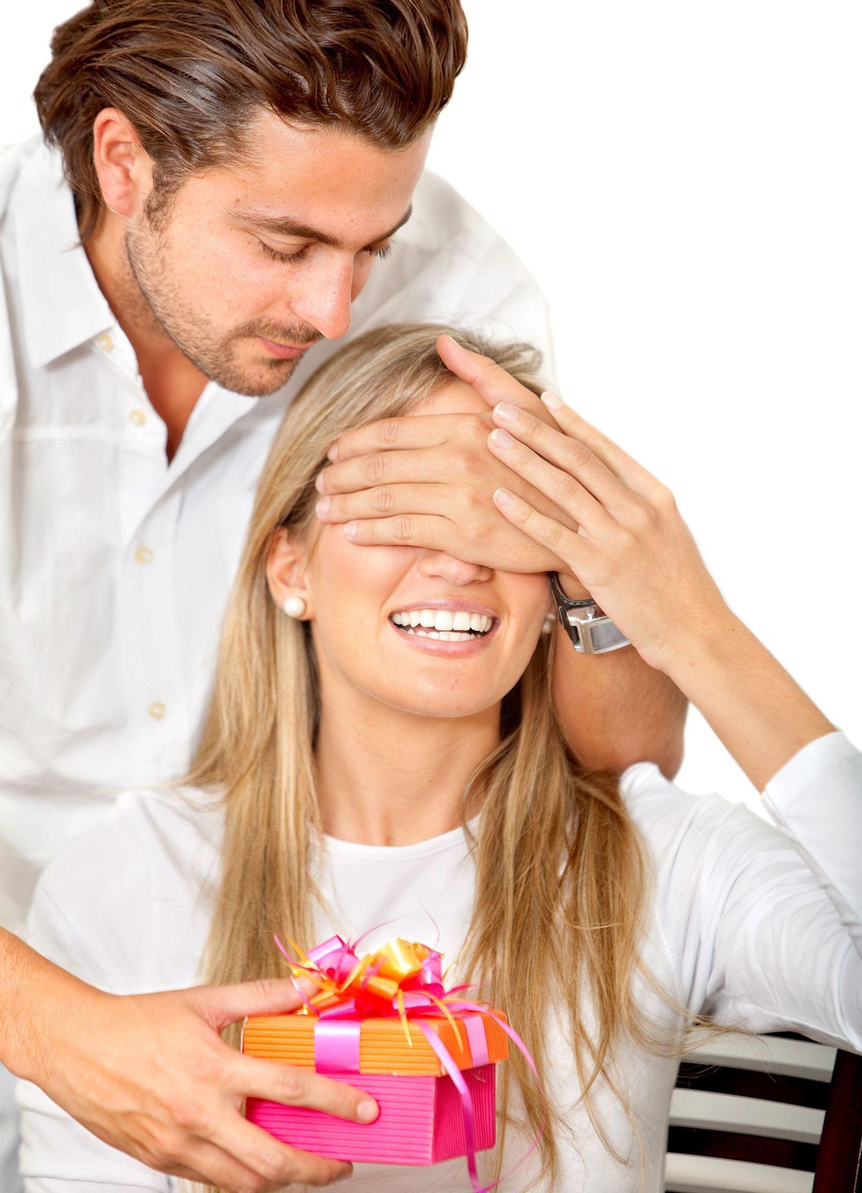 Если мужчина не дарит подарки: мнение психолога Михаила 56
